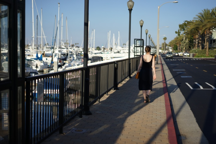 Woman walking in Marina Woman www. InstantFashionMix.com A